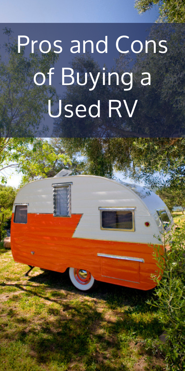 Have you always wanted to go on an escape into the great outdoors? Maybe a road trip across the country with some of your closest family and friends?! It may be more of a reality than you think because of the wide selection of used RV's near you. There are definitely positives and negatives when it comes to buying a used RV so let's dive a little deeper into the pros and cons of buying a used RV.