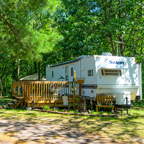 best campgrounds near Baraboo