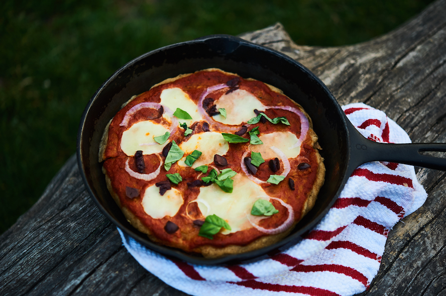 one pot camping meals - pizza